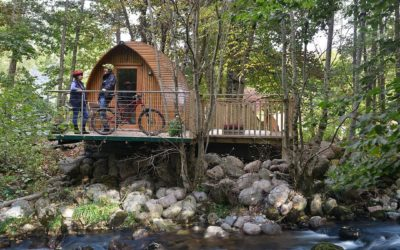 Glamping Holidays – For Those Too Posh To Pitch